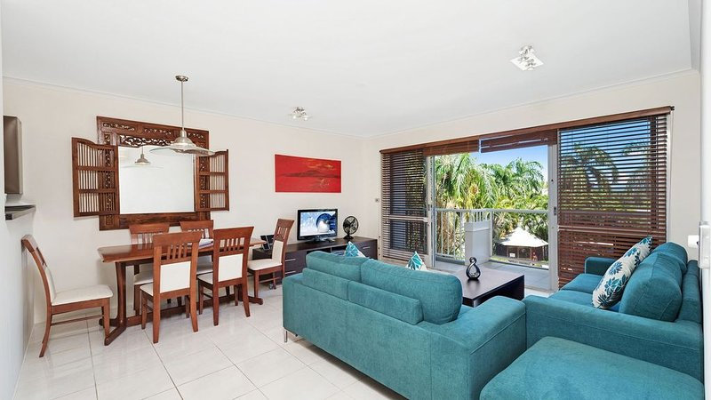 Red Cowrie Coral Coast * Palm Cove, vacation rental in Palm Cove