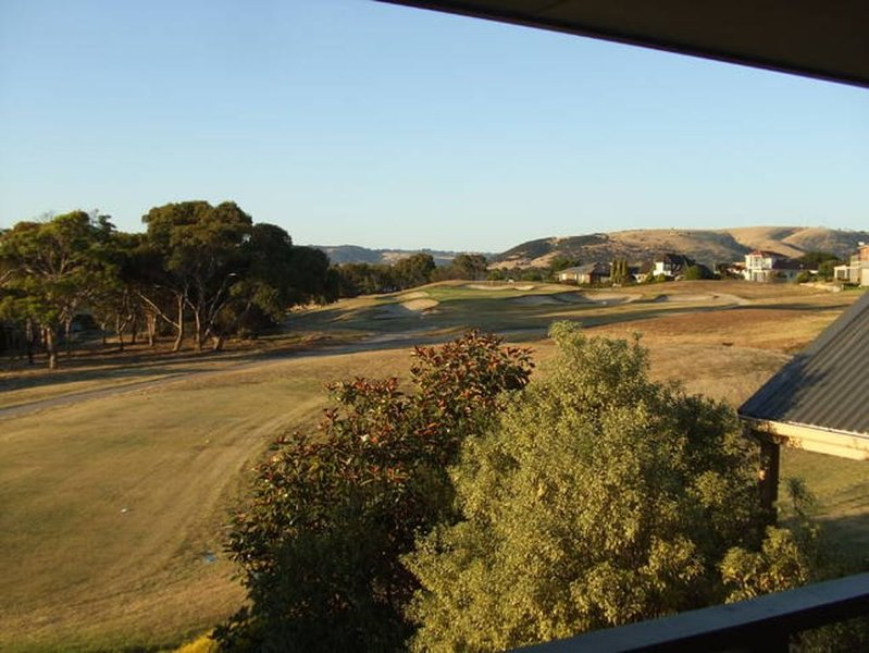 Golf Getaway-golf by the sea, holiday rental in McCracken