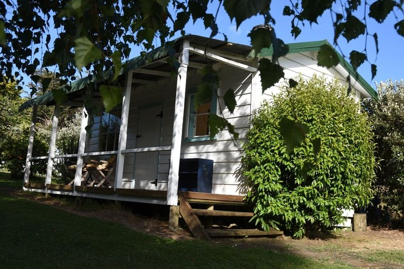 Quail Cottage - Quaint, Cosy, Peaceful and Private, aluguéis de temporada em Coromandel