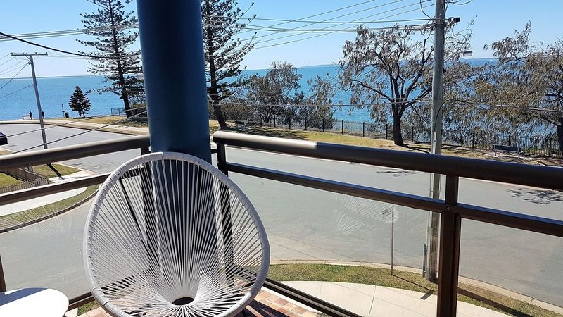 Affordable Flinders Waterfront, vacation rental in Deception Bay