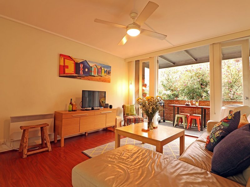 Sun Soaked Balcony, Funky Fitzroy, St Vincents's Hospital 550m, Parking, Pets, casa vacanza a Fitzroy