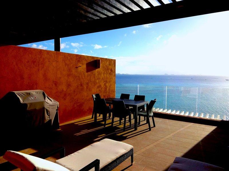 Luxury Condo, Ocean View Terrace, holiday rental in Playa Mujeres