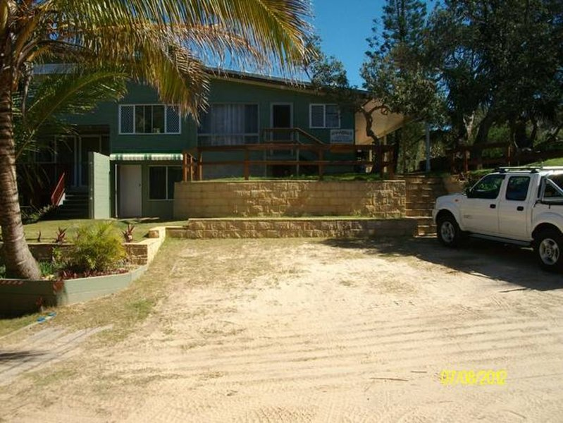 Annabell's Banksia Court Fraser Island, vacation rental in River Heads