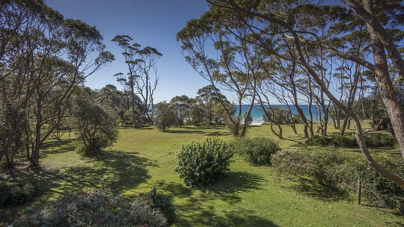 Tingira Drive 15 Bawley Point, holiday rental in East Lynne