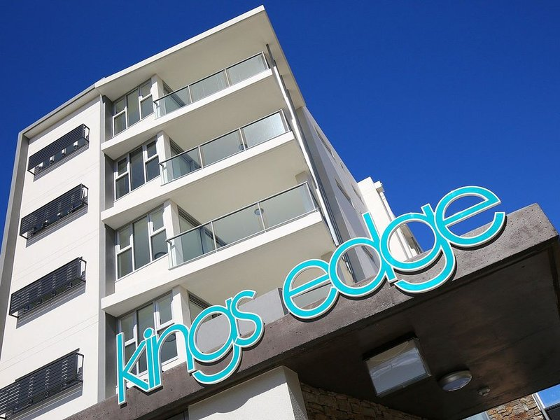 Kings Edge Unit 1, 34 Esplanade (Princess Lane), vacation rental in Caloundra
