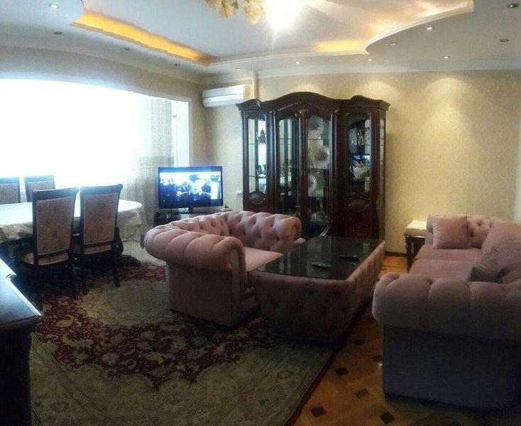 2 and 3 rooms apartments in Navai street, alquiler de vacaciones en Uzbekistán