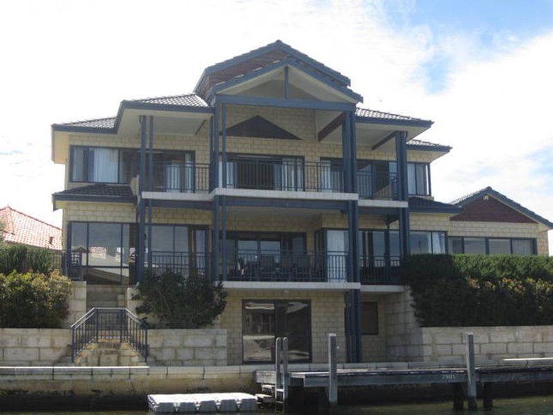 Brindabella on the Canals, vacation rental in South Yunderup