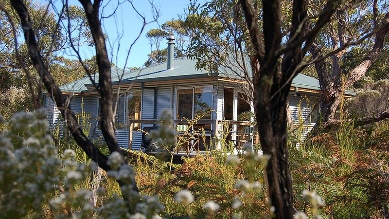 Cape Howe Cottages - Kings Den, holiday rental in Scotsdale