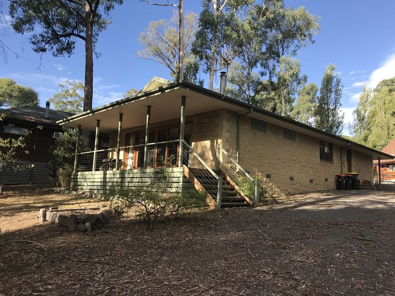 Sawmill Retreat - Only 5 minutes drive to the entry gates of Mt Buller, holiday rental in Mirimbah