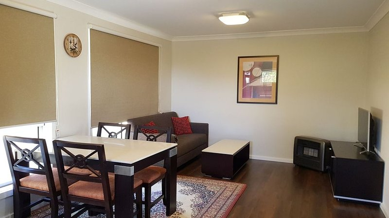 Newly Built - Cosy 2 bedroom Home, location de vacances à Katoomba