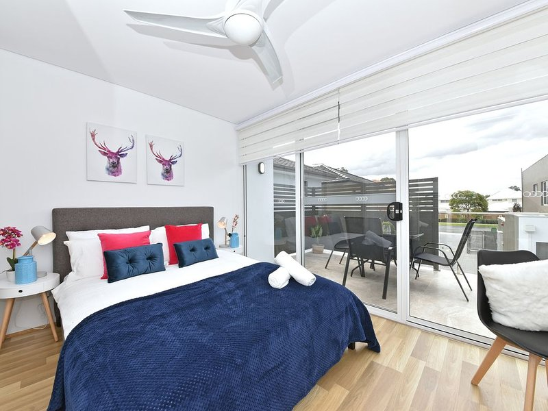 3408 Apartment Close to Perth City & Airport: 3408, holiday rental in Maida Vale