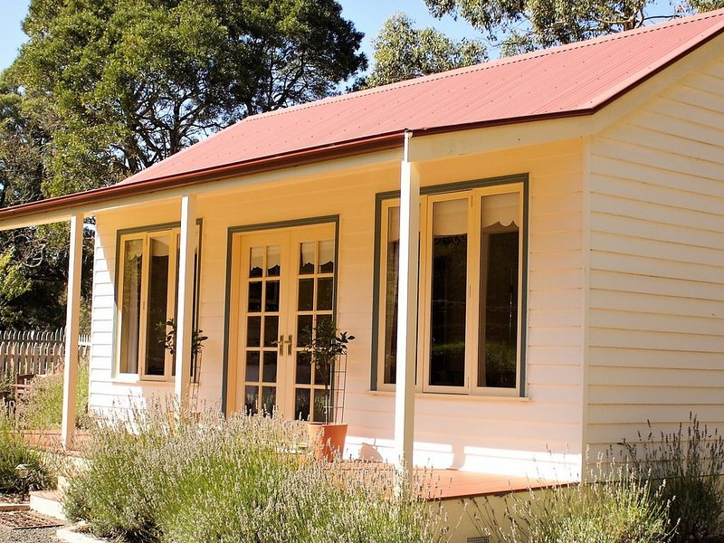 The Retreat at Amryhouse, holiday rental in Macedon Ranges