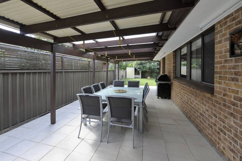 Holiday house in beautiful Shoal Bay-close to everything, vacation rental in Port Stephens