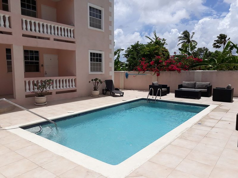Half Moon Bay / B1 your home away from home, holiday rental in Oistins