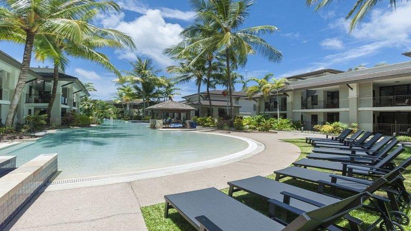 Sea Temple 125     Poolside Villa, holiday rental in Oak Beach