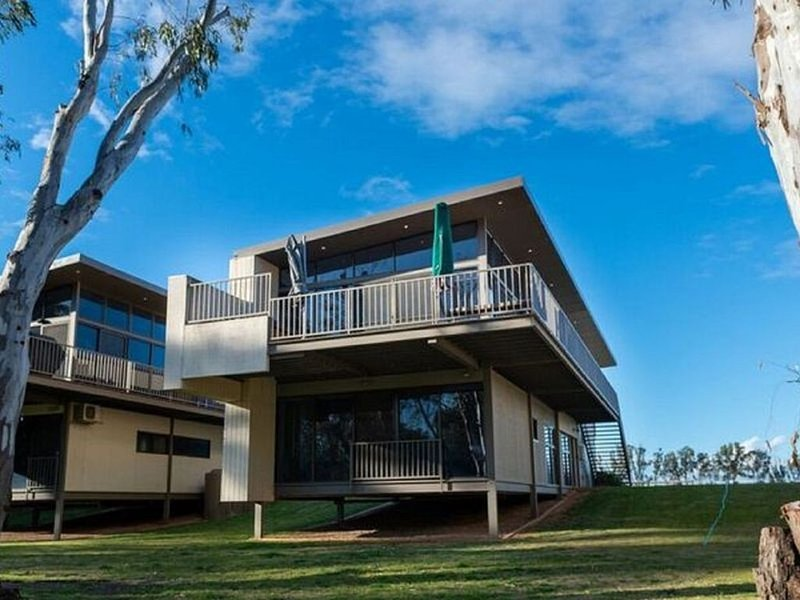 'Fantastic Murray River get away for 2 - 3 families or a large group of friends', holiday rental in Gunbower