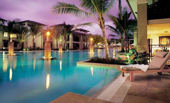 Sea Temple  Port Douglas 2 Bedroom Penthouse - Free Wi Fi - Netflix - Wine, casa vacanza a Oak Beach
