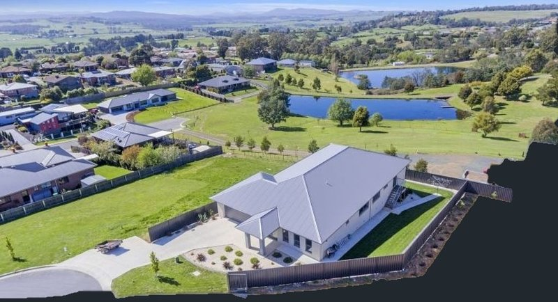 Norwood Serenity - ideal for families and groups, holiday rental in Launceston
