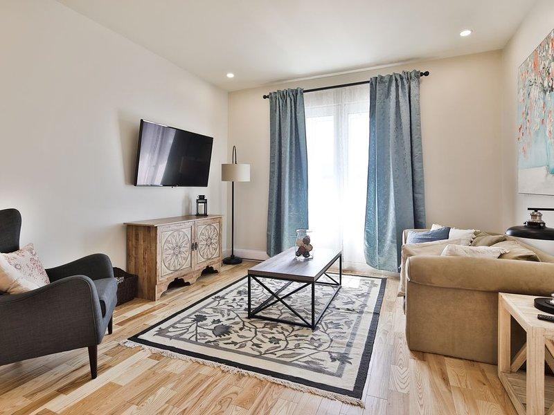 Contemporain 3 Bedrooms/2Bath MileEnd/Plateau, vakantiewoning in Montreal