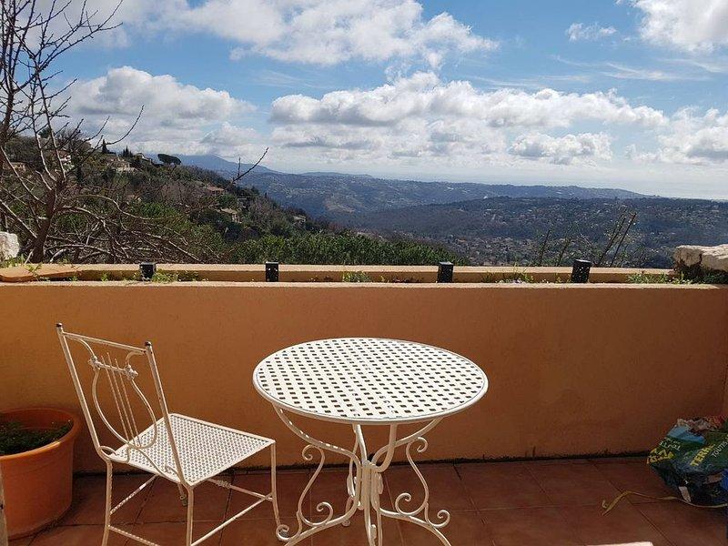 Cozy Studio, panoramic sea view Mediterranean- Calm, vacation rental in Saint-Jeannet