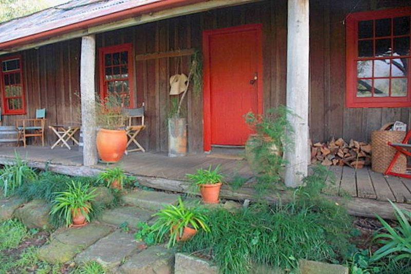 Settlers Cottage * Undercliff Winery, holiday rental in Wollombi