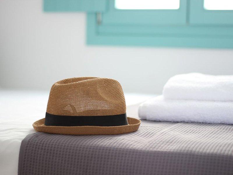 Ploes Seaside Houses - Superior 2 Bedroom Maisonette, holiday rental in Plaka