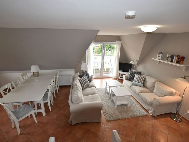 Large, comfortable apartment by the sea, holiday rental in Wendelstorf