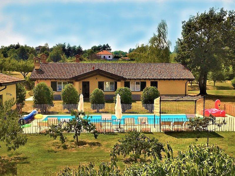 Le 16 Querce: Charming VILLA - PISCINA GIARDINO PARCO PRIVATI -Alto Monferrato, vacation rental in Francavilla Bisio