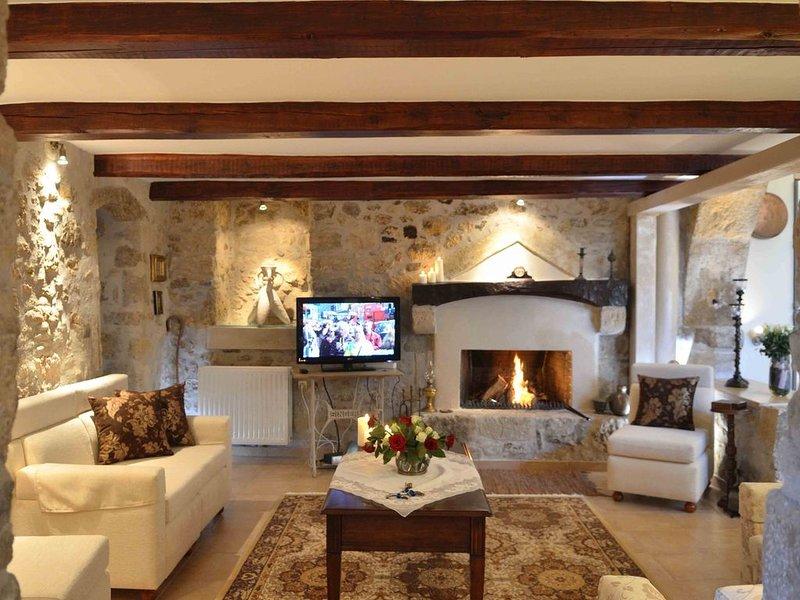 ''Villa Pannona'' in the center of crete, holiday rental in Zaros