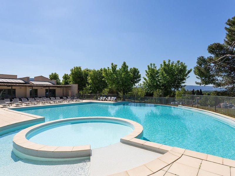 Appartement spacieux et lumineux 4p, accès piscine !, casa vacanza a Fontaine de Vaucluse