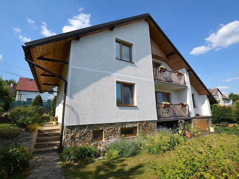 Attractive Apartment in Skalna near Forest, holiday rental in Erlbach