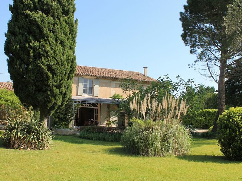Mas des Oiseaux - A magnificent place in the Provence!, vacation rental in Chateaurenard