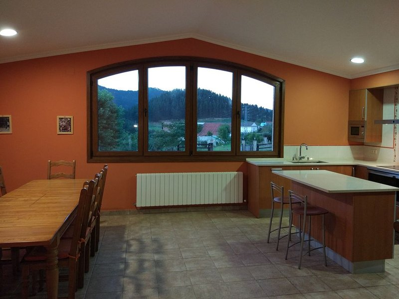 CHALET CERCA DE LEKEITIO, holiday rental in Mutriku