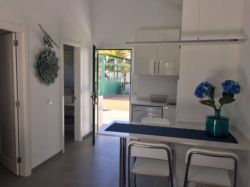 New 1 bedroom apartment in Matagorda, Ferienwohnung in Tias