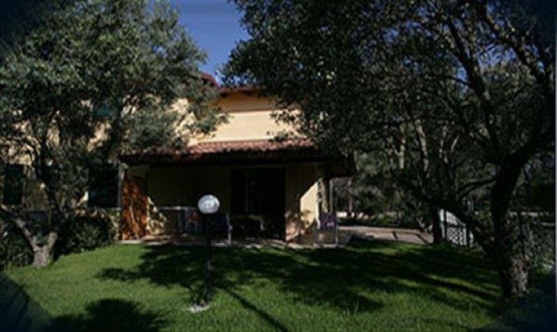 VILLA NEREO RESIDENCE ALACA, vakantiewoning in San Sostene