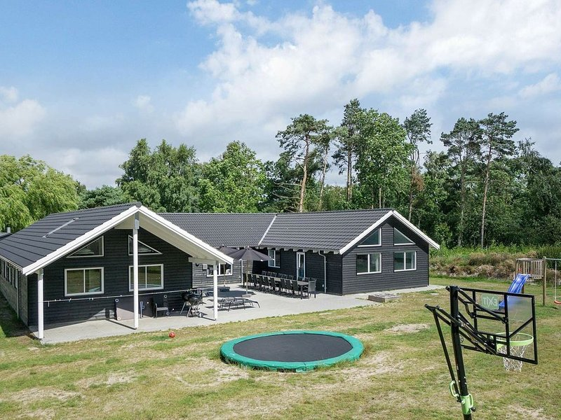 Charming Holiday Home in Nexø with Swimming Pool, vacation rental in Bornholm