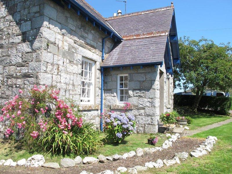 Rowantree Cottage, holiday rental in Gatehouse of Fleet