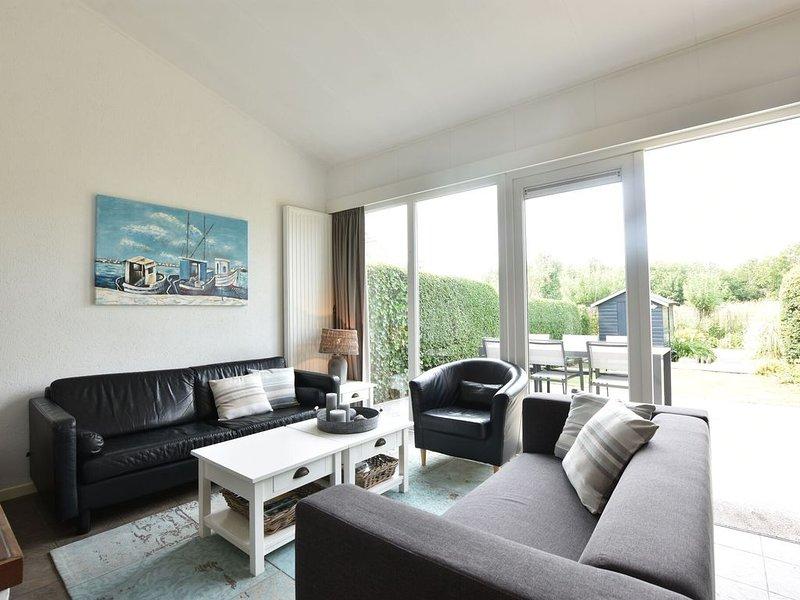 Modern Holiday Home in Nieuwvliet with Garden – semesterbostad i Zuidzande