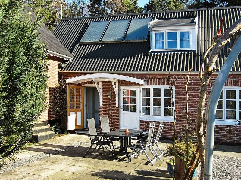 Quaint Holiday Home in Nexø Bornholm With Roofed Terrace, vacation rental in Bornholm