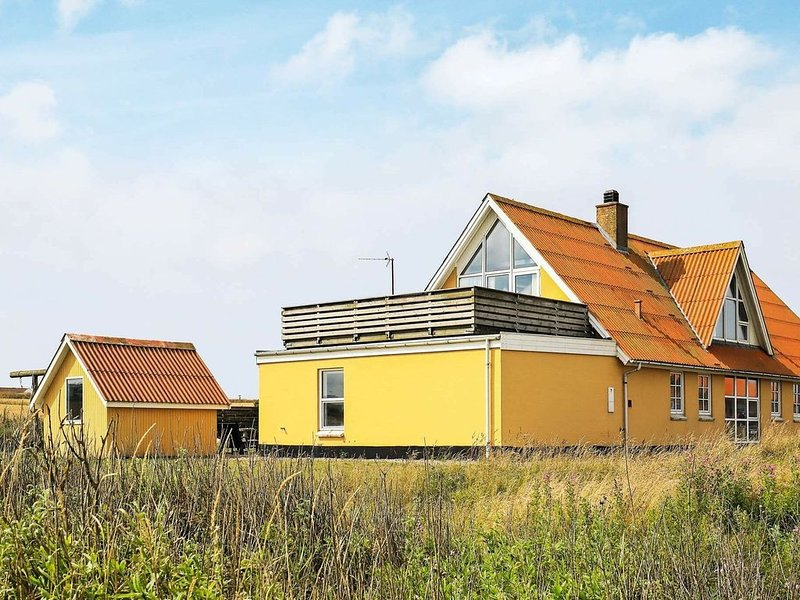 Cosy Holiday Home in Lemvig with Sauna, Ferienwohnung in Baekmarksbro