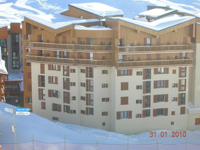 VAL THORENS STUDIO LA ROCHE BLANCHE AU CENTRE DE LA STATION 2/4 PERSONNES, holiday rental in Saint-Martin-de-Belleville