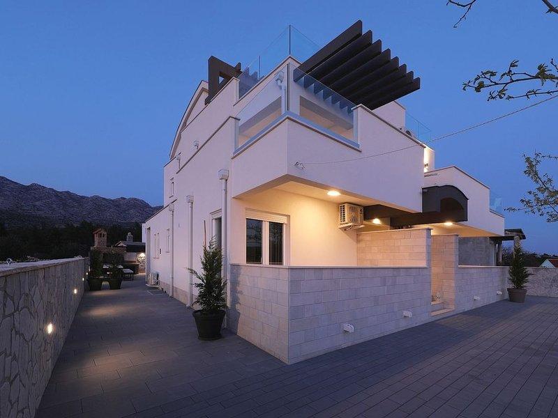 Serene Villa in Seline with Private Swimming Pool, alquiler vacacional en Seline