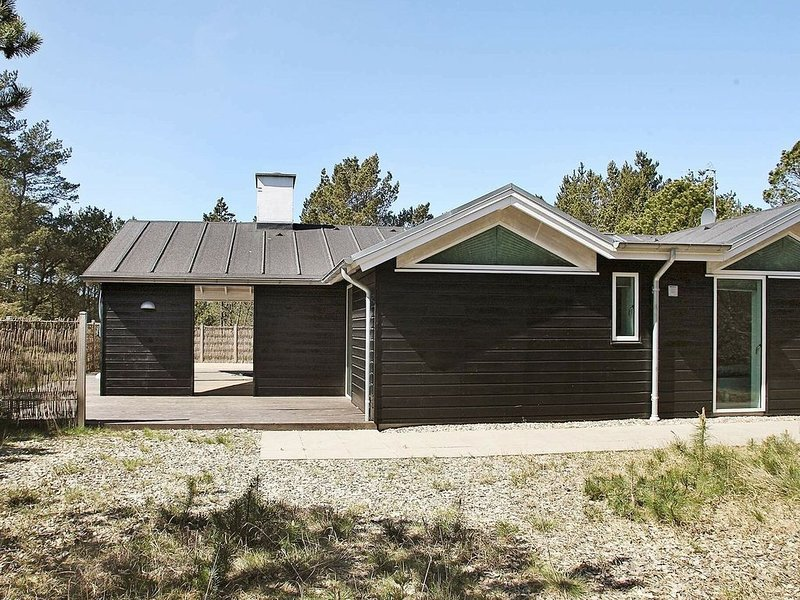 Picturesque Holiday Home in Ålbæk with Sauna, alquiler vacacional en Kandestederne