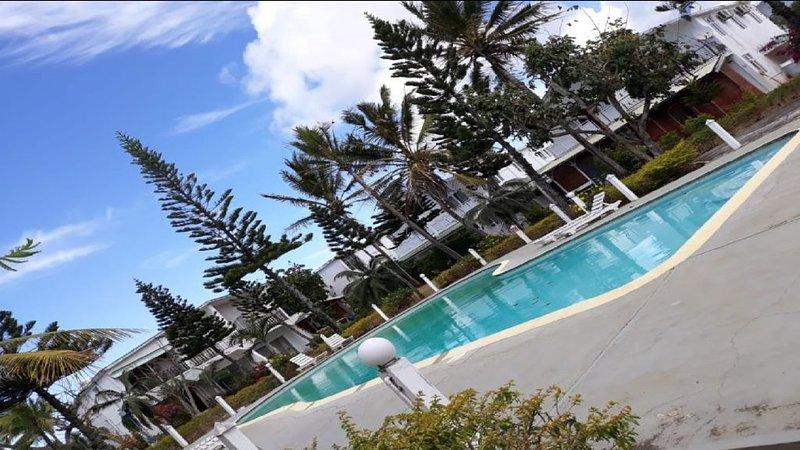 Appart climatisé Pereybere dans complexe sécurisé avec gardien 24H, holiday rental in Petit Raffray