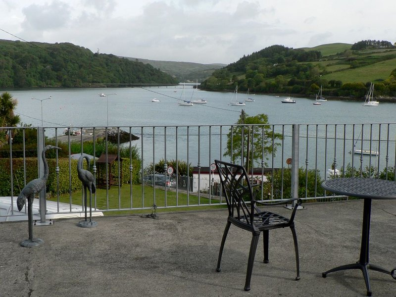 Frank & Mary's at Shearwater, vacation rental in Glandore