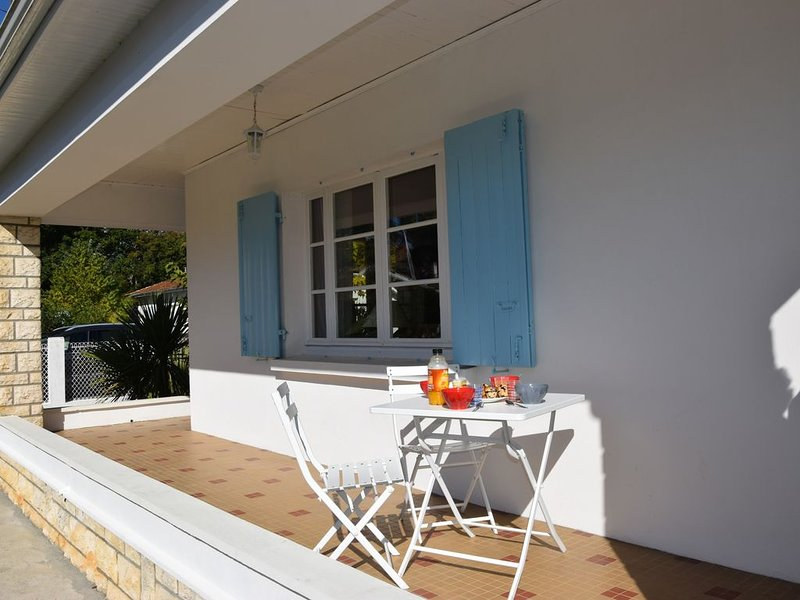 Maison familiale 3* au bord du bassin d 'Arcachon, location de vacances à Claouey