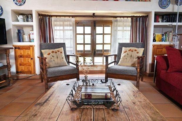 Casa Las Heras para 8 personas, holiday rental in Valverde de los Arroyos