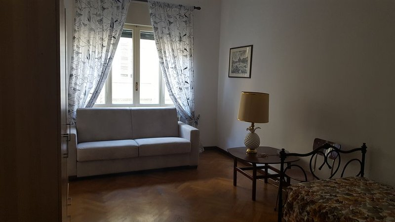 COMODO E TRANQUILLO PER VISITARE TORINO, vacation rental in Moncalieri