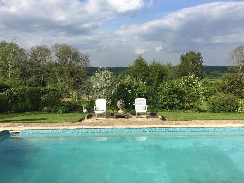 Suite Overlooking Beautiful Wealden Countryside, Swimming Pool. (See offers ), vacation rental in Rolvenden