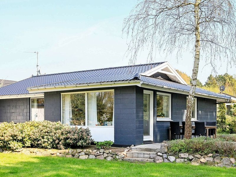 Quaint Cottage in Millinge with Sauna, vacation rental in Funen and Islands